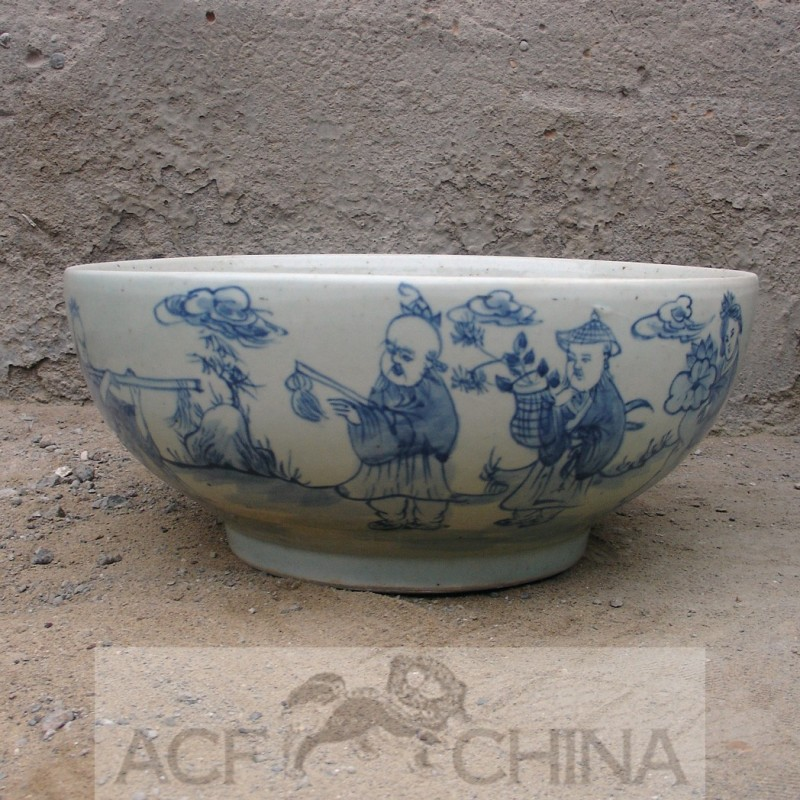 Large Round Chinese Blue And White Porcelain Fish Bowl